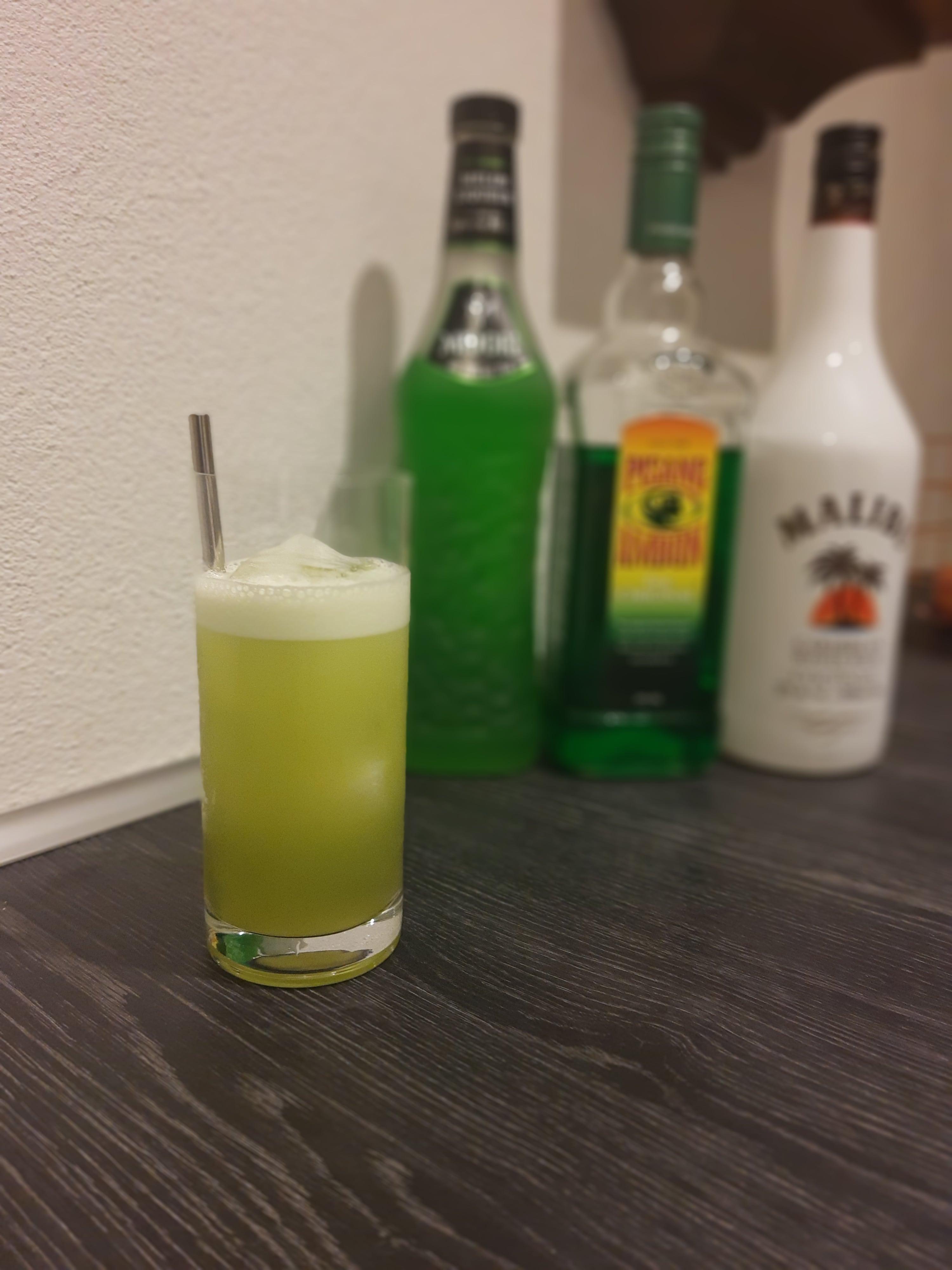 Cocktailen June Bug